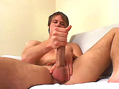 Hot straight boy Chad Phoenix jerks off for cash